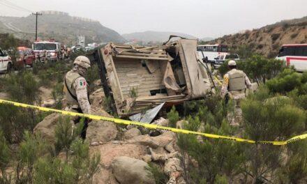 Deja volcadura seis soldados fallecidos y cuatro heridos