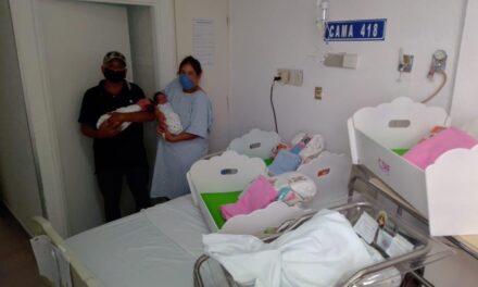 Mujer en Durango da luz a trillizos; solo esperaba dos bebés