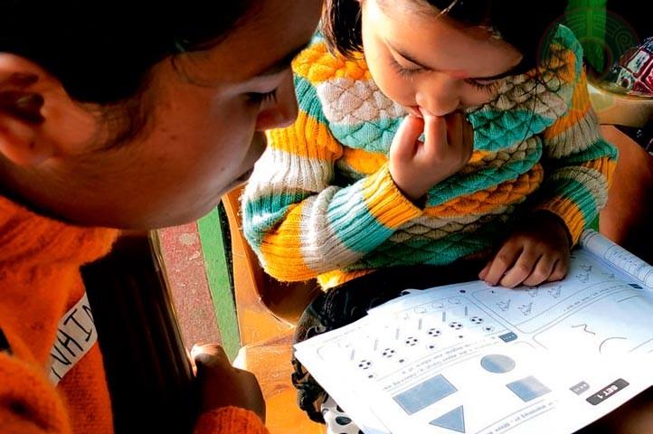 La evaluación incluyó a niños que no leen con fluidez y a los que no asisten a la escuela