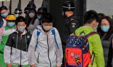 Al menos 37 niños y dos adultos fueron atacados con arma blanca en una escuela de China