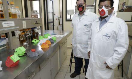 Investigadores en Hidalgo crean cubrebocas con zeolita y jamaica