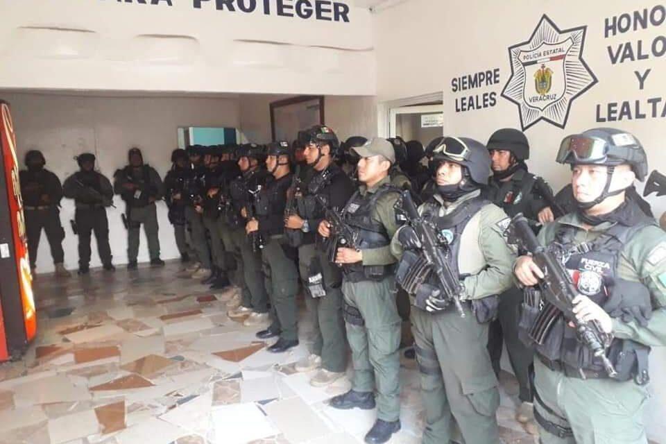 Asume Fuerza Civil control de la seguridad en Acayucan