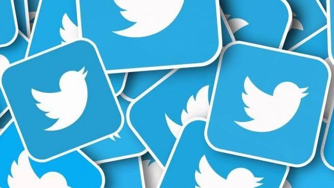 AMLO invita de nuevo a director de Twitter a 'La Mañanera' para explicar control de 'bots'*