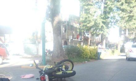 Motociclistas lesionadas en la Avenida Rafael Murillo Vidal en Xalapa