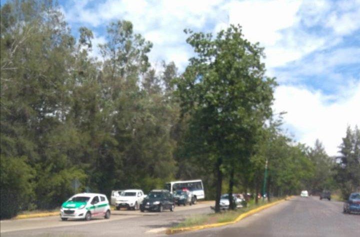 Accidente en el bulevar Porfirio Diaz, a la altura de la central de Abastos en Xalapa