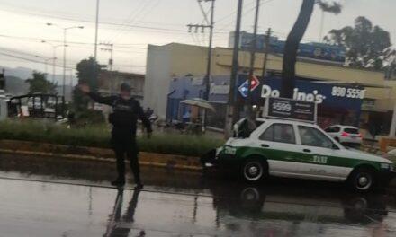 Accidente de tránsito sobre la avenida Lázaro Cárdenas, a la altura de La Corona