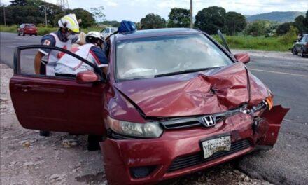 Se registra choque en la Carretera Federal Córdoba – Veracruz, a la altura Rancho Trejo