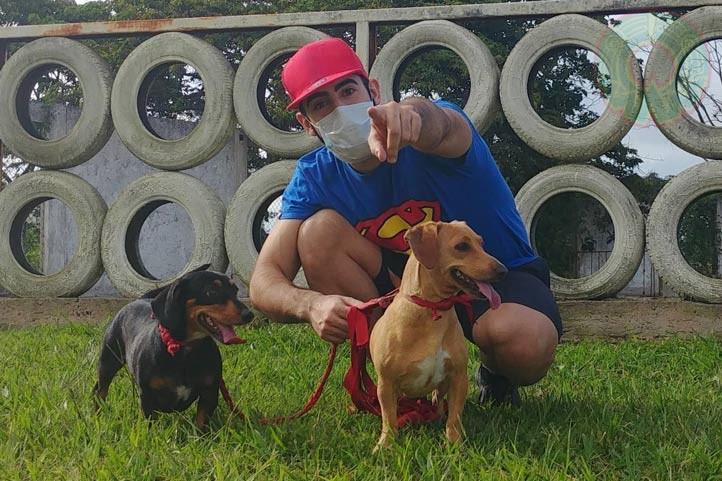 Sergi Granado toma las medidas de distanciamiento durante la pandemia de Covid-19 en Xalapa