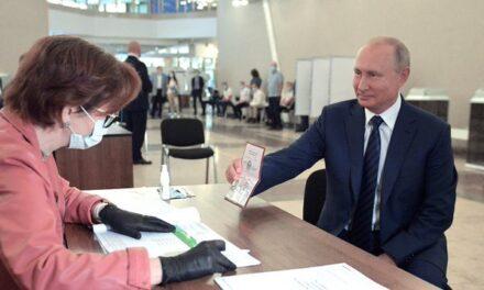 Rusia decidirá si Putin se queda en el poder hasta por 16 años más