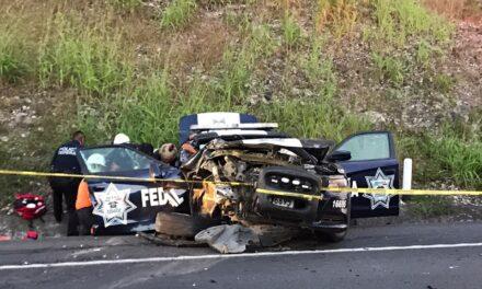 Tres oficiales lesionados accidente sobre la carretera Poza Riza-Veracruz
