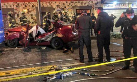 Video: Mueren dos personas y otras dos resultaron heridas en accidente sobre Eje Central en la colonia Centro de la CDMX