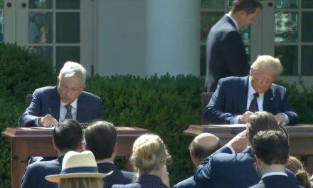AMLO y Trump firman Declaración Conjunta por inicio de T-MEC