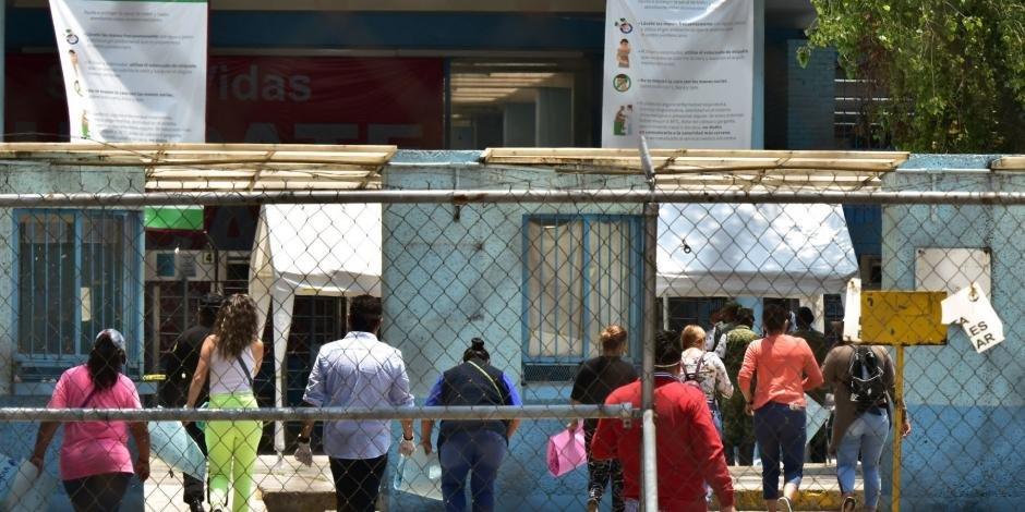 Suman 54 muertes por COVID-19 entre presos en CDMX