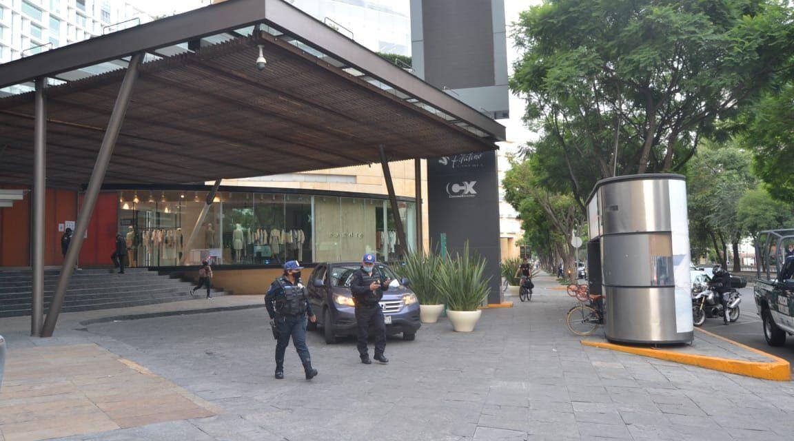 Asaltan boutique de Carolina Herrera en Plaza Antara de Polanco