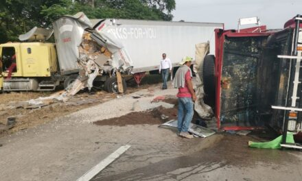 Se registra accidente en la autopista Córdoba-Minatitlán