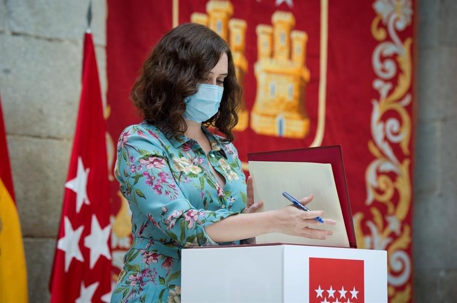 Madrid: la mascarilla será obligatoria en todos los espacios a partir del jueves