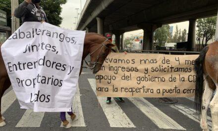 Video: Se manifiestan trabajadores del Hipódromo de las Américas.Denuncian que llevan cuatro meses sin trabajar debido a la pandemia