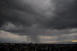Para este lunes se prevén lluvias fuertes a muy fuertes en el Valle de México