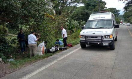 Motociclista lesionado en la carretera Las Trancas – Coatepec
