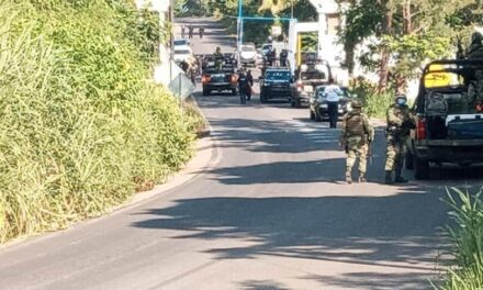 Ejecutan a dos policías municipales en la entrada a Misantla