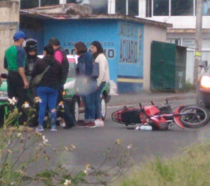 Accidente de tránsito en la calle Hernández Castillo en Xalapa