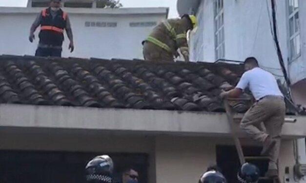Se registra incendio en la calle Niños Heros de Xalapa