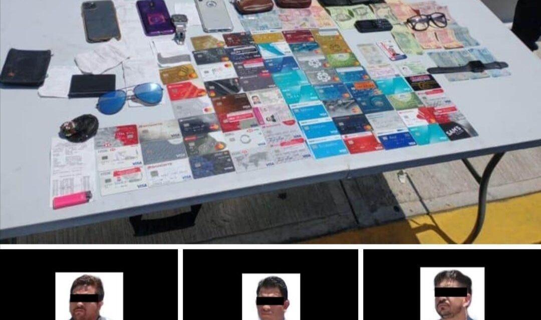 "Captura SSP a tres ""desplazadores"" de tarjetas bancarias, en Veracruz."
