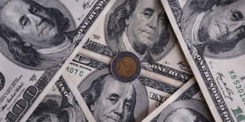 Dólar se vende en $22.58 en bancos Peso cierra en su mejor nivel desde julio
