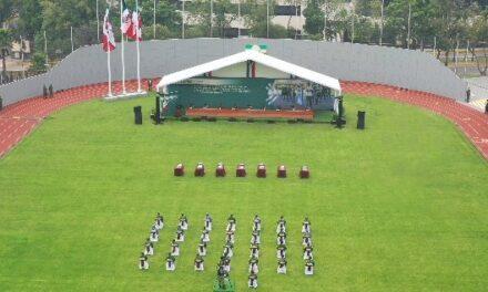 Entregan condecoraciones de Servicios Distinguidos y Distinción Militar