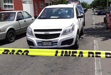 Asalto a cuentahabiente sobre calle Juárez, quien resultó herido por arma de fuego en la ciudad de Veracruz