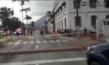 Asesinan a un agente de tránsito frente al Palacio Municipal de Río Blanco