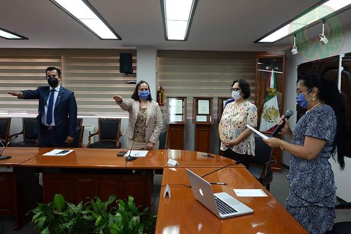 La Rectora tomó protesta a Eric Jesús Galindo Mejía y Evangelina Murcia Villagómez