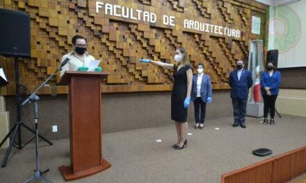 Claudia Castellanos rindió protesta como secretaria de Arquitectura, campus Córdoba