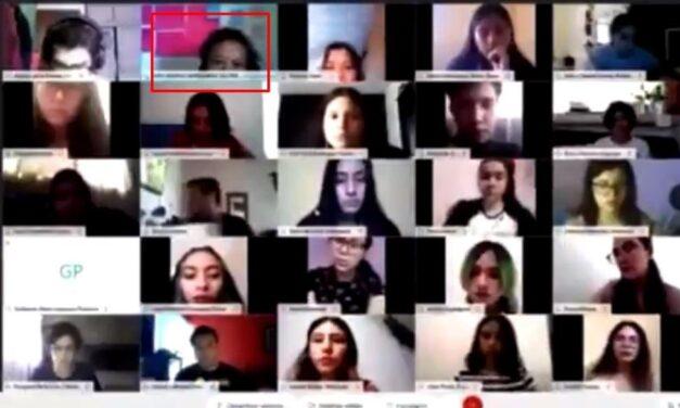 Videos: Maestra maltrata a alumnos en clase virtual y universidad la suspende