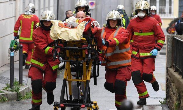 Alarma en París por un ataque con cuchillo cerca de la exsede de la revista Charlie Hebdo