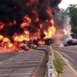 Video: 4 muertos el saldo de una pipa que volcó y explotó en la carretera Paraíso-Comalcalco en el Estado de Tabasco