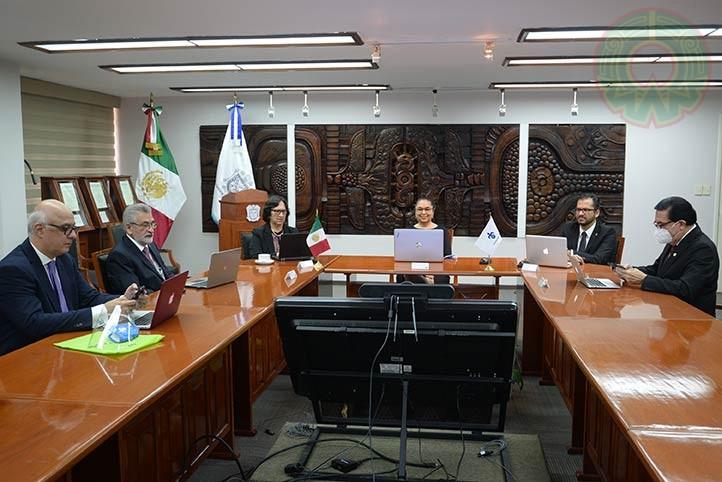 El tercer informe de actividades 2019-2020 se transmitió por Internet y radio desde la Sala de Juntas de la Rectoría Universitaria