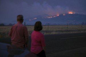 Evacúan medio millón de personas por incendios en Oregón, EUA