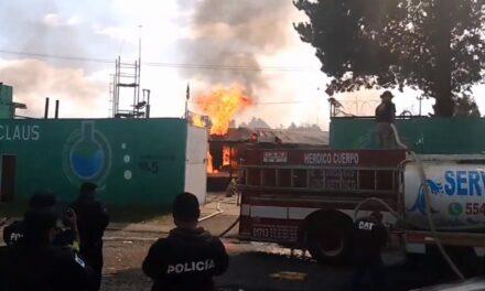 Explota fábrica de El Estado de México; Dos muertos