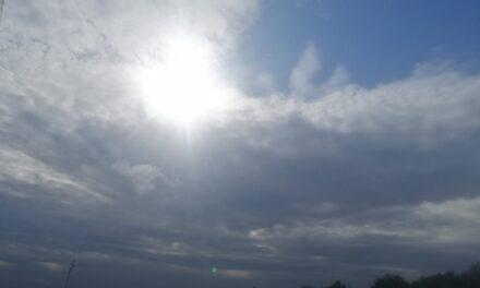 Disminuye el potencial de lluvias y tormentas, excepto en el sur; continúa el NORTE con menor intensidad; ambiente menos cálido o templado.