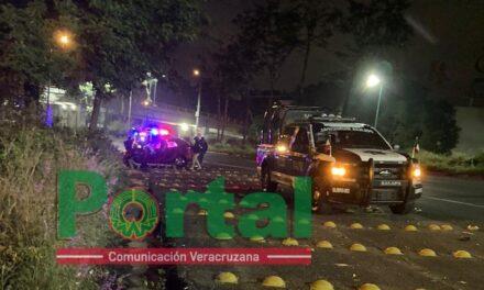 Accidente sobre la Avenida Lázaro Cárdenas, a la altura de Plaza Ánimas