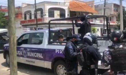 Video: Reportera sufre ataque sexual y persigue al agresor, un joven con esquizofrenia en el puerto de Veracruz
