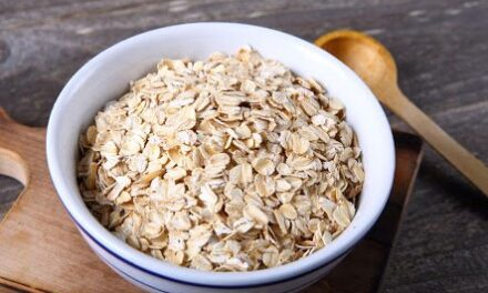 ¿Qué le pasa a tu cuerpo si comes avena todos los días? Te decimos los beneficios de consumir diario este rico alimento.
