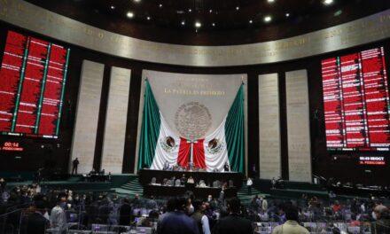 Después de 17 horas de discusión, la Cámara de Diputados aprobó la mañana de este jueves la desaparición de 109 fideicomisos públicos por un valor de 68 mil 478 millones de pesos.