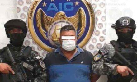 Capturan a ´El Azul´, el violento líder del Cártel de Santa Rosa de Lima La detención del peligroso hombre ocurrió en el municipio de Celaya.