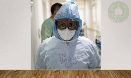 """""""El cuidado de pacientes Covid es una experiencia difícil"""": enfermera"""