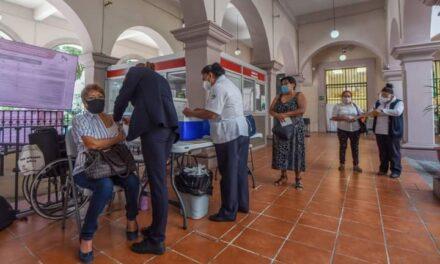EXHORTA AYUNTAMIENTO DE XALAPA A VACUNARSE CONTRA LA INFLUENZA ESTACIONAL