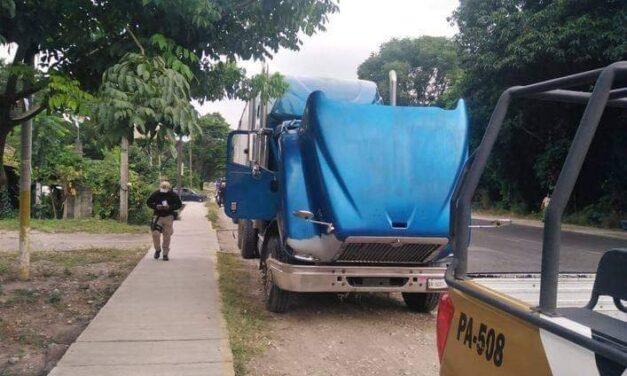 """Policías del IPAX frustran robo de tracto camión en la localidad """"El Presidio"""", en Tezonapa, Ver."""