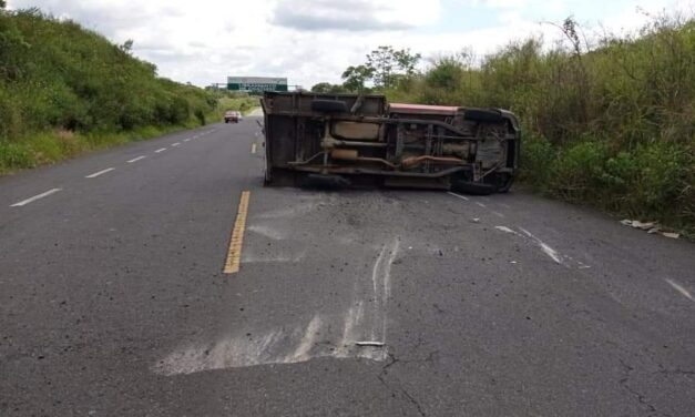 Precaución: Accidente en el libramiento de Coatepec.