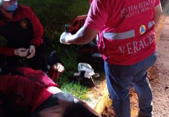 Derrapa motociclista en la carretera Xalapa-Coatepec, a la altura de La Florida